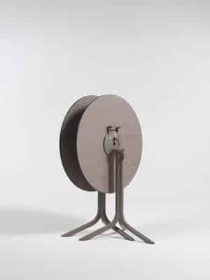 Tables rondes de la marque Nardi