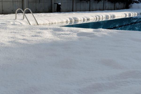 Hivernage de piscine avec GardensKoncept