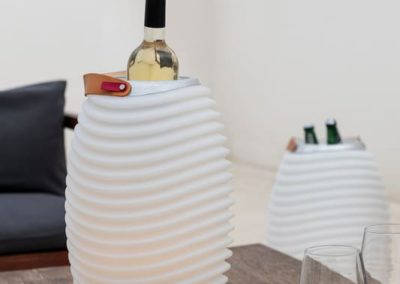 Seau à glaces intégré dans la lampe Synergy de Kooduu