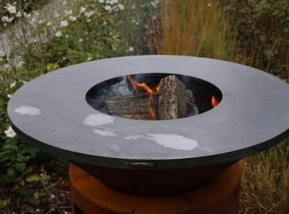 Plancha et brasero en acier Corten - Actuel Outdoor
