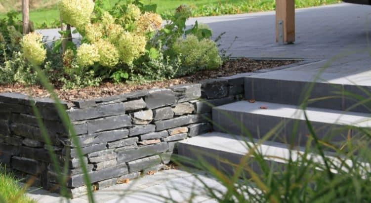 Bauma Stone - Escalier et muret en pierre