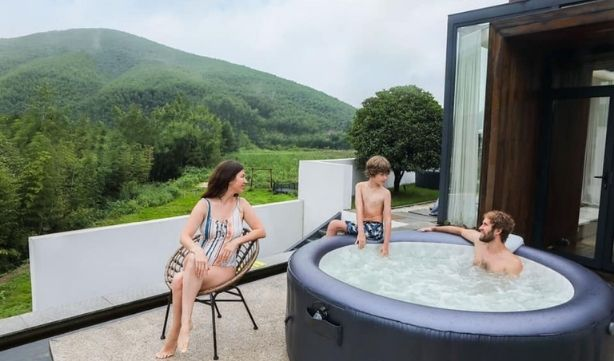 Spa gonflable - Famille avec M-Spa